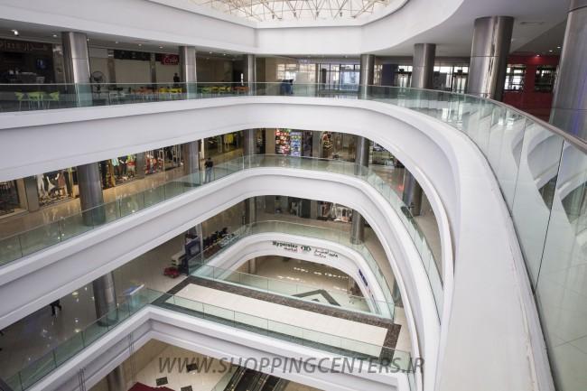 مرکز خرید معین مال