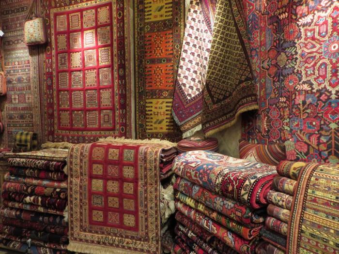۰۷۶  | ترنج | فرش دستباف ، گلیم