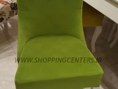 صندلی غذاخوری در رنگ های مختلف