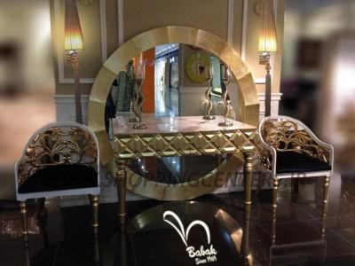 آینه کنسول زبرانو